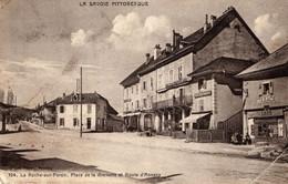 74-LA ROCHE-SUR-FORON- PLACE DE LA GREVETTE D'ANNECY   ANIMEE - La Roche-sur-Foron