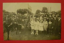 28 Epernon Carte-photo Fête Des Fleurs 1912 TB Animée Sans éditeur Dos Scanné N°6  Mint Superbe - Epernon
