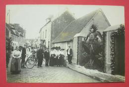28 Epernon Carte-photo Fête Aux Fleurs Grille Garnie 1912 TB Animée Sans éditeur Dos Scanné N°12 - Epernon