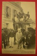 28 Epernon Cavalcade 1911 Ours Blanc Charlatan TB Animée éditeur Martin Maintenon Dos Scanné N°13 - Epernon