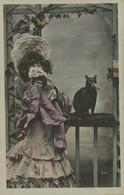 Femme Au Chat Noir - Vrouwen