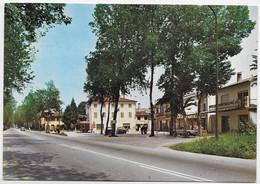 Visnadello (Treviso). Via  Gritti. - Padova (Padua)