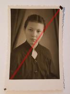 Photo Vintage. Original. Mode. Fille Avec Une Belle Coiffure. URSS - Objetos
