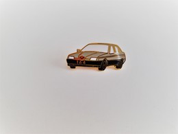 PINS AUTOMOBILE ALFA ROMEO 164 GRISE ET NOIRE / 33NAT - Alfa Romeo