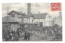 CPA 88 - THAON LES VOSGES - SORTIE DES OUVRIERS DE LA BLANCHISSERIE - Thaon Les Vosges