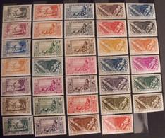 France Colonies. Etablissements Français De L'Océanie. Collection De 34 Timbres De La Série 84/120. Neufs ** Sauf 2 - Unused Stamps