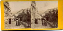 Photo Stéréoscopique - Auvergne - Royat - Une  Rue ( H 157) - Photos Stéréoscopiques
