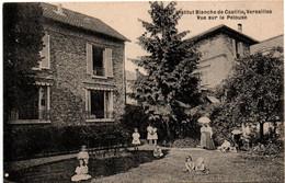Versailles - école Blanche De Castille - Vue Sur La Pelouse - Le Chesnay - Versailles