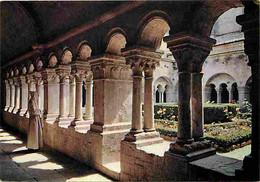 84 - Gordes - Abbaye De Sénanque - Ensemble Du Cloître - Carte Neuve - CPM - Voir Scans Recto-Verso - Gordes
