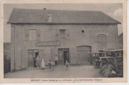 CPA Belfahy - Le Café-restaurant Chipaux (pour Chipeaux) - Très Jolie Animation Avec Véhicules Années 30 / 40) - Autres Communes