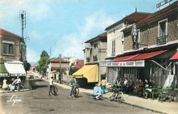 "/ CPSM FRANCE 95 ""Franconville, Tabac De La Gare"" - Franconville"