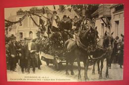 28 Epernon Cavalcade 1911 Char Des Volontaires TB Animée éditeur Martin Maintenon Dos Scanné N°B2 - Epernon