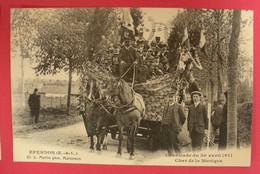 28 Epernon Cavalcade 1911 Le Char De La Musique TB Animée éditeur Martin Maintenon Dos Scanné N°B12 - Epernon
