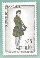 CPM Prêt à Poster De La Poste, Journée Du Timbre 1967, Timbre Journée Du Timbre 1975 - Listos A Ser Enviados: Otros (1995-...)