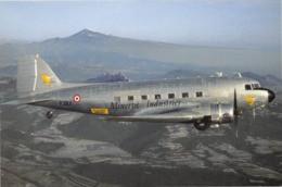 Avion - Minerve Industrie - C.47-B - Aéroport Du Mont Ventoux - Photo Philippe Ortola - Collection Vilain N'G-328 - 1946-....: Modern Tijdperk