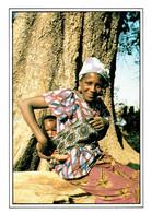The GAMBIA : Dom Bi (The Child) - Affr Philatélique - Gambia
