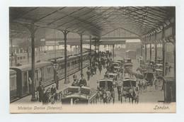LONDON, Waterloo Station, Interior  ( 2 Scans ) - Non Classificati