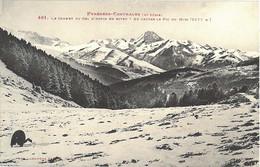 65_Hautes_Pyrénées_Lannemezan_Les_Pyrénées_Centrales_Le_Sommet_du_Col_d'Aspin_en_hiver_Au_centre_le_Pic_du_Midi - Lannemezan