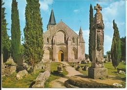 AULNAY De SAINTONGE ( Charente Maritime ) , L'Eglise Romane De Saint Pierre De La Tour D'Aulnay De Saintonge - Aulnay