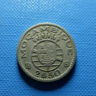 Portuguese Moçambique 2 1/2 Escudos 1953 - Portugal
