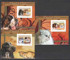 C067 !!! IMPERFORATE CARDBOARD 2007 DE GUINEE FAUNA DOGS & CATS CHIENS CHATS 3 LUX BL MNH - Gatti