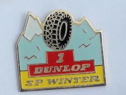 V464 Pin's PNEU DUNLOP SP WINTER Achat Immédiat - Autres
