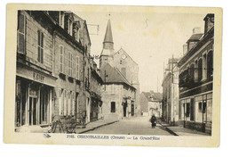 CPA 23 CHENERAILLES LA GRANDE RUE - Chenerailles
