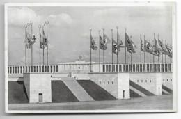 Nürnberg - Zeppelinfeld - époque III Reich  (drapeaux) - Nürnberg