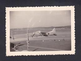 Photo Originale Vintage Snapshot Aerodrome Le Touquet Paris Plage  Avion Cie Silver City Aeroport Airport    46171 - Aviation