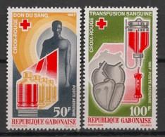 Gabon - 1967 - Poste Aérienne PA N°Yv. 56 Et 57 - Croix Rouge - Neuf Luxe ** / MNH / Postfrisch - Gabon (1960-...)