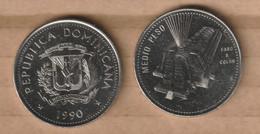 DOMINICANA  ½ Peso 1990 Nickel Clad Steel • 11.35 G • ⌀ 30.55 Mm KM# 73, Schön# 75 - Dominicana