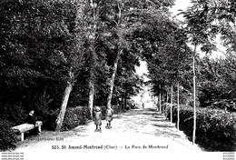 Saint-Amand-Montrond. Le Parc De Montrond. - Saint-Amand-Montrond