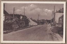 CPSM 37 - MONTBAZON - La Vennetière - TB PLAN Route Traversant Village - Détails Maisons - Montbazon