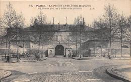 ¤¤  -   PARIS  -  La Prison De La Petite Roquette  -  Au 1er Plan, Les 5 Dalles De La Guillotine      -  ¤¤ - District 13