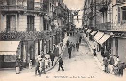 TROUVILLE SUR MER - Rue De Paris - Trouville