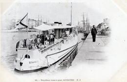 76  LE HAVRE TORPILLEUR RUSSE A QUAI - Portuario