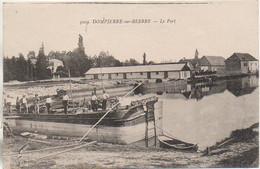 03 DOMPIERRE-sur-BESBRE  Le Port  Et Péniches - Hausboote