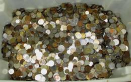 Sammlung Bzw. Konvolut Mit 25 Kilo Kleinmünzen Aus Aller Welt (144583) - Unclassified