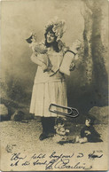 FANTASIE : Femme-Frau-Woman : Filette Avec Poupée  ( Pierrot ) - Unclassified