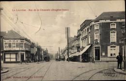CPA La Louvière Wallonien Hennegau, Rue De La Chaussee, Drapeau Blanc, Au Lion Belge - Altri