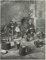 D1504 Piemonte - Magnin Lavorano Il Rame - Stampa Antica - 1928 Old Print - Stampe & Incisioni