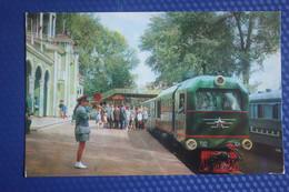 Train At Children Railway Station In Ufa - OLD SOVIET PC 1974 - Treni