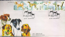 INDIA-2005 BREEDS OF DOGS SETENANT Set Of 4 StampS First Day Cover - FDC