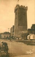 AB. 85 LES SABLES D'OLONNE. Tour D'Arundel 1934 Avec Artisan - Sables D'Olonne
