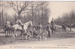 36 CHATEAUROUX Chasse à Courre ,cavaliers Femmes Avec Meute ,1918 - Chateauroux