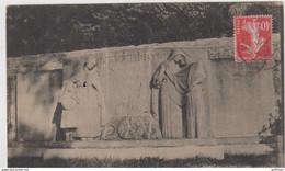 RUFFEC MONUMENT AUX MORTS 1927 TBE - Ruffec