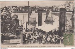 ROYAN L'ARRIVEE DU BATEAU DE BORDEAU 1920 TBE - Royan