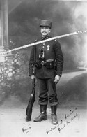 1914 - 1918 / CARTE PHOTO / GENDARME / PONT DE METZ / LUSSAN / GENDARMERIE / GENDARMES - Guerra, Militari