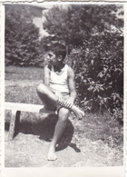 Old Real Original Photo - Naked Little Boy Siting On A Bench - Ca. 9x6.5 Cm - Persone Anonimi