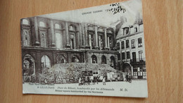 CPA - Grande Guerre -1914.1918..... 18. LILLE - Place Du Rihour Bombardée Par Les Allemands - Lille